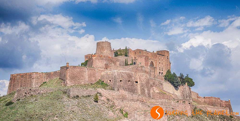 Katalónia egyik legfontosabb középkori vára.