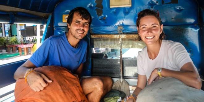 Fotó 1 - Gábor és Rachele a hátizsákkal Thaiföldön