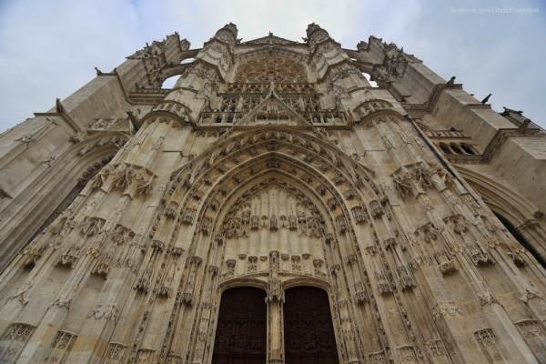 008-Beauvais-110-1000