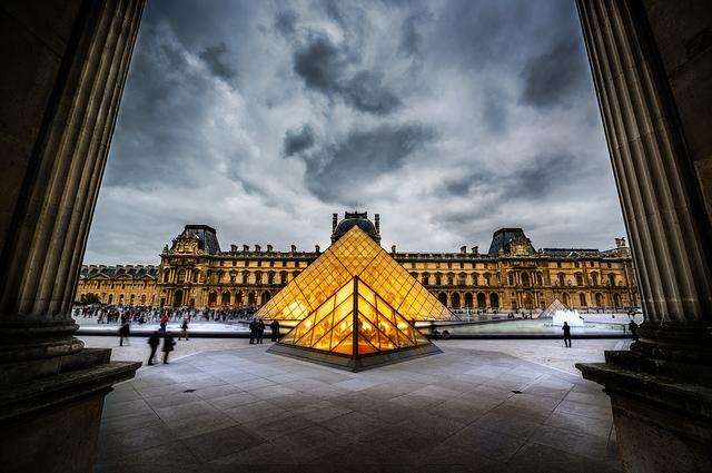 Louvre_Párizs