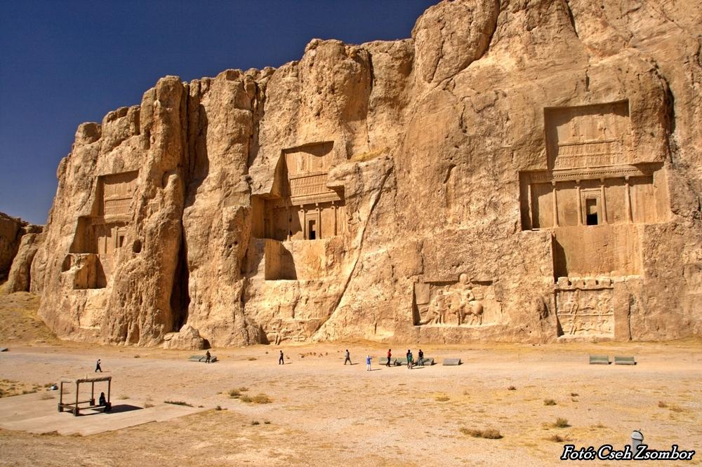 Perzsa nagykirályok sírja