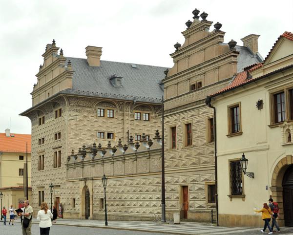 Schwarzenberg-palota_Pragai var