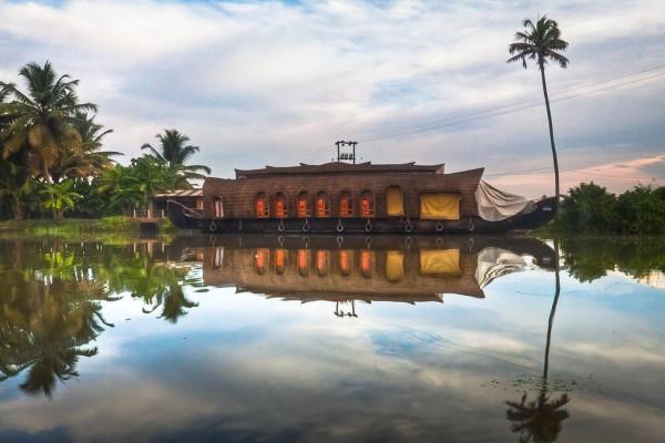 Kerala_backwaters3