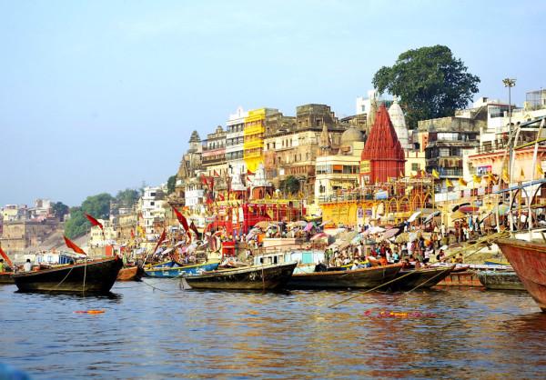 Varanasi_India_01