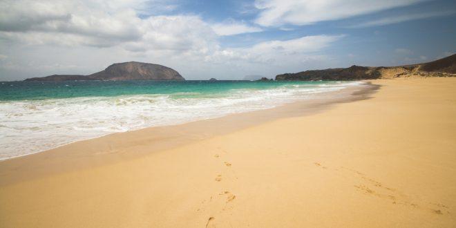 lanzarote_kanari szigetek_la graciosa szigeten strand_1