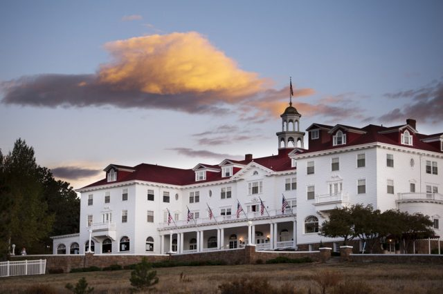 the-stanley-hotel_-colorado_usa_02