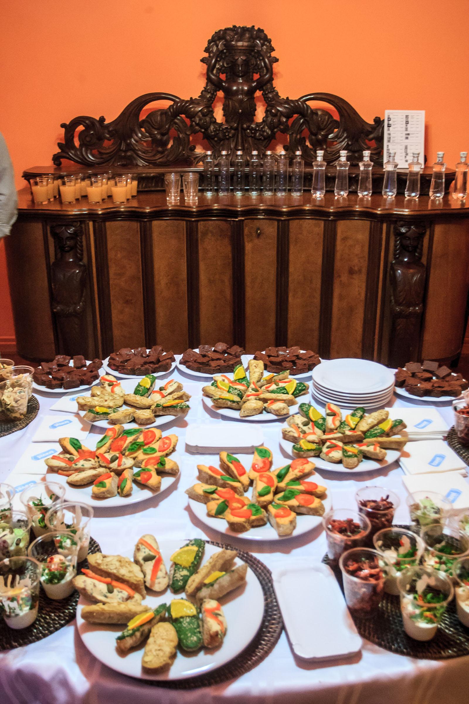 bedohaz_utiszgaleria_asztal