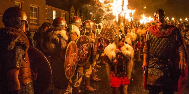 Shetlandi vikingfesztivál – Up Helly Aa