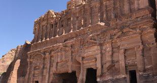Jordánia mesés titka – Petra a sziklába vájt város