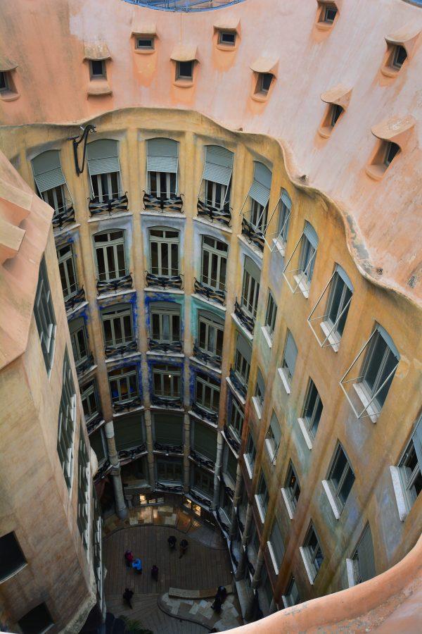 casa_mila_la_pedrera_barcelona_16