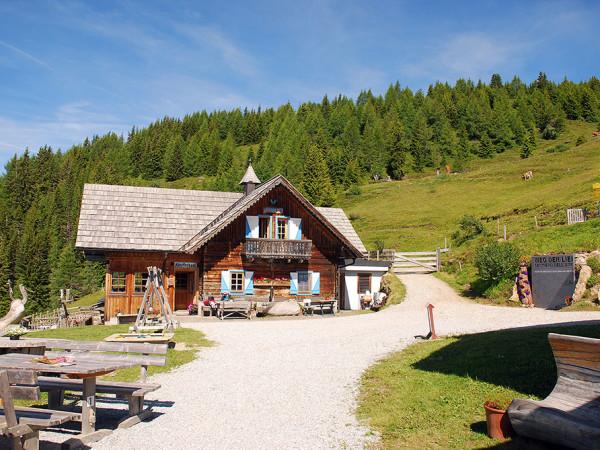 Tejgazdaság az Alexanderhütte mellett