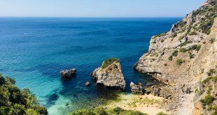 5 gyönyörű strand Lisszabon közelében, ha meguntuk a városnézést