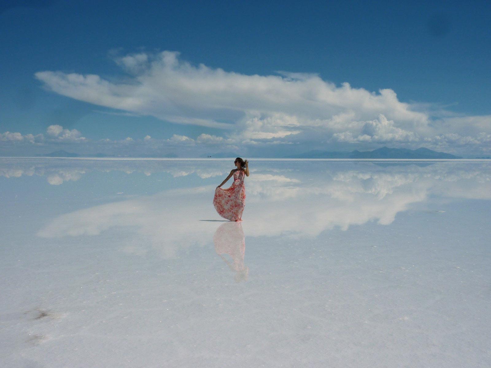 Vadkemping a bolíviai sósivatagban